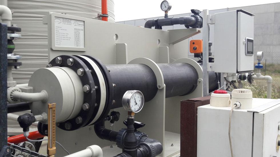 Echangeur thermique de refroidissement, automatisé, pour une installation de dilution automatique d'acide sulfurique